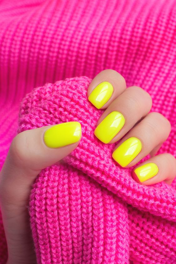 Short Neon Yellow Summer Nails | Best Yellow Nails Ideas