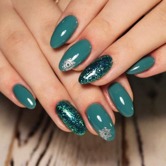 Teal Green Oval Acrylic Christmas Nails with Snowflakes