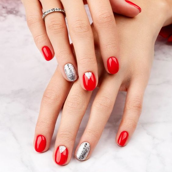 Red and Silver Glitter Boho Chic Christmas Nails Design